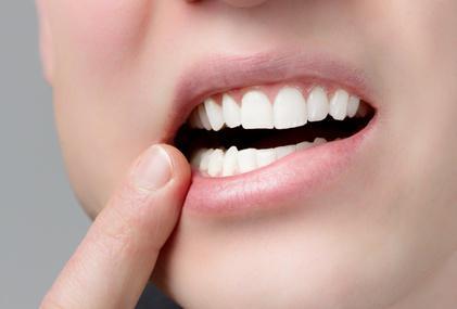 Протезирование зубов в Саратове: цены и отзывы