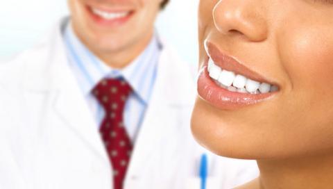 Виды имплантации зубов: одномоментная и отсроченная